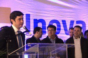 Prefeito Cesar Silvestri Filho, Joel Franzin do Sebrae e Eloi Mamcasz da  ACIG e NTI Guarapuava